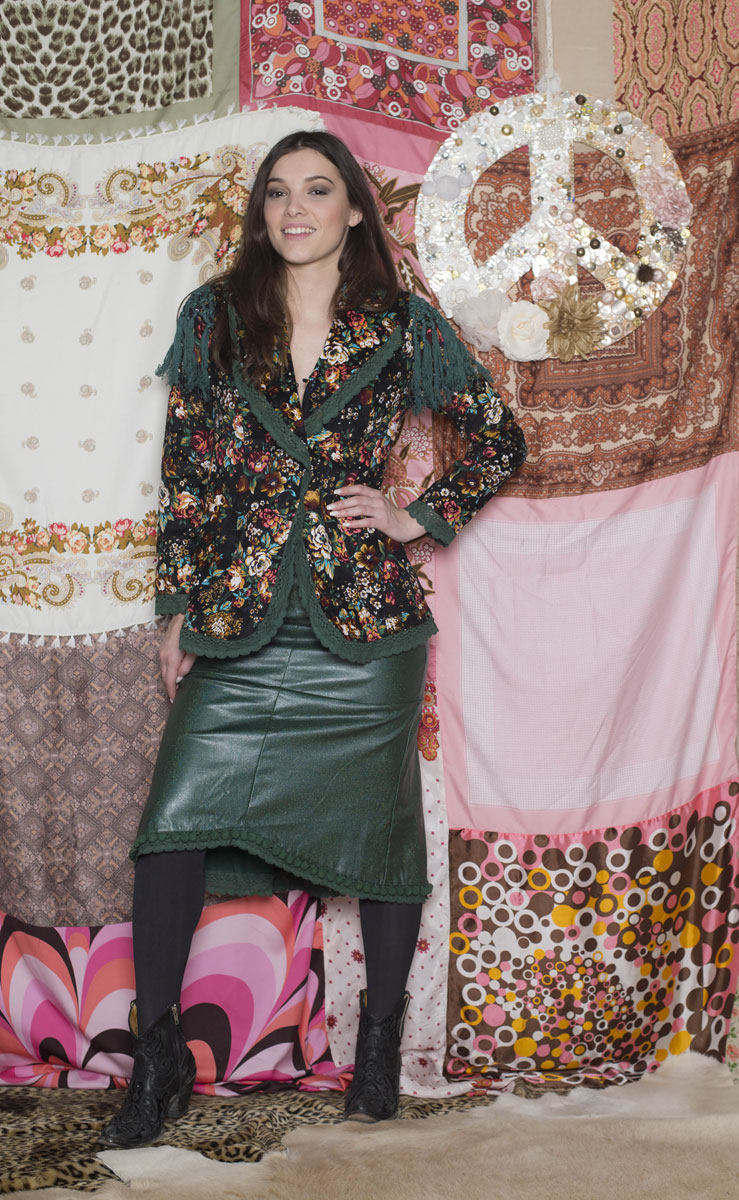 Veste Rosa Black Flower - Collection Gypset